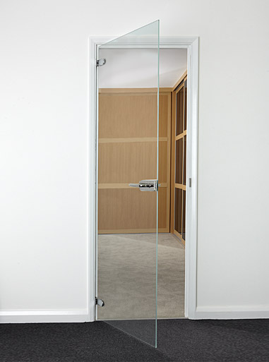 Interior standard size hinged glass doors toughened glass for Frameless glass doors